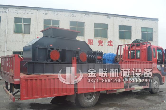 2PG1200x800半自动对辊制砂机发往陕西商洛处理石灰石